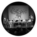 Stefan Wirkus, Yared Dibaba, Werner Momsen präsentieren den Ohnsorg Frühschoppen im Ohnesorg Theater in Hamburg