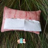 couleur naturelle, teinture textile, laine, soie, magasin de laine, développement durable, mérinos, laine locale, laine artisanale, chale, fonty, boutique laine, broderie, laine par cher, coton