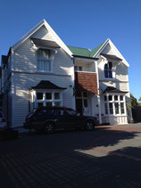 The Grange: Boutique B&B guesthouse and motel Christchurch