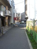 野江内代駅2番出口前道路