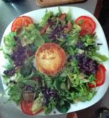 Ziegenkäse überbacken und salat