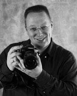 Ein Portrait von dem Fotografen Maik Alberts