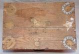 Caisse en bois fabriquée par un prisonnier de guerre nominative français WW2