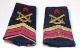 Paire de fourreaux d'épaule 40 et 54ème Régiments d'Artillerie caporal-chef VSL armée française