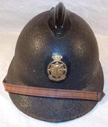 Casque Adrian modèle 31 avec insigne Protection Civile belge