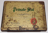 Boite en métal vide 50 cigarettes Private Seal terrain Normandie 1944 GB WW2