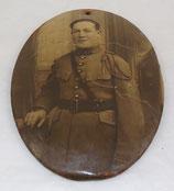 Plaque médaillon avec photo d'un officier du 67ème Régiment français WW1