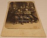 Carte postale photo de groupe soldats 51ème Régiment d'Infanterie français WW1