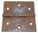 Pièce détachée charnière pour caisse allemande WW2 (N°1)