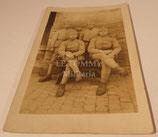 Carte postale photo groupe de soldats 4ème Régiment d'Infanterie français WW1