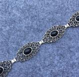 Damengürtel mit schwarzen Steinen