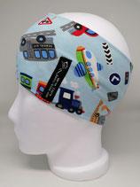 Betonmischer, Bus, Bagger, LKW auf hellblau