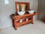 Waschtisch 230cm aus alter Hobelbank mit 2 großen Schubladen und  2 Waschbecken mit 2 Wasserfall-Wasserhähnen und Altholzspiegel