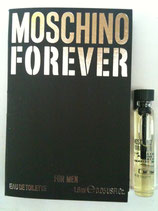 Muestra Moschino Forever CAB