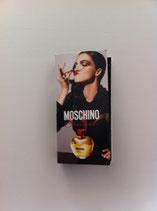 Muestra Glamour Moschino DAM