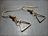 Mini Dreiecke, goldene Ohrringe