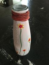 Vase mit Blumenmuster