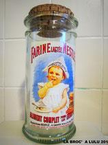 BOCAL Publicitaire en verre Vintage Farine Lactée de Nestlé
