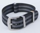 seat belt grau schwarz gestreift mit verbesserter Schliesse 18 mm 8446