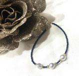 Armband aus blauen Safiren und Perlen