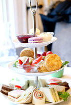 HIGH TEA IN A BOX