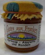Aprikosen - Fruchtaufstrich mit Amaretto und Mandeln