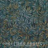 Braun graue Ranken auf grauem Grund, Batik, Hoffman Fabrics, 09639850816