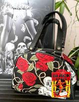 sac-black-roses