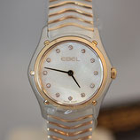 Ebel Classic Wave Lady Perlmutt Diamanten 27,5mm