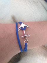 B. bracelet ancre bleu