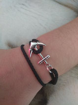 B. bracelet ancre noir