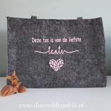 Vilten tas Deze tas is van de liefste....