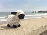 Peluche mouton tête noire