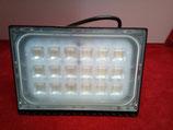 100 Watt LED Strahler, extrem flach, warmweiß oder kaltweiss