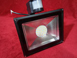 50 Watt LED Strahler mit Bewegungsmelder Warmweiß, Gehäuse schwarz