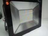 150 Watt LED Strahler, warmweiß oder kaltweiss