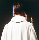 男性用白 GARB-95 洗濯簡単な修道院襟リボルノガウン Liturgical gown  95Livormo White
