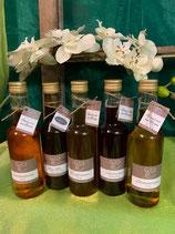 Chuebaechi Sirupe aus Adelboden mit verschiedenen Variationen