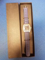 Reloj de pulsera correa azul marino