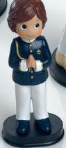 Figura para tarta comunion.  Niño traje almirante marino con pantalon blanco. 1705. Aprox 16 cm alto