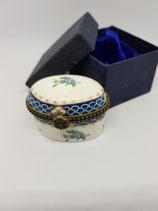Cajita de porcelana en caja de regalo azul