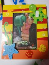 Portafoto madera tortuga y estrella de mar. colores.  10x15 cm