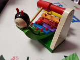Xilofono de madera con bola