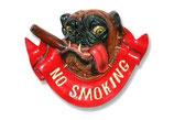 RÉPLICA DE PERRO EN UN CARTEL DE NO FUMAR | Carteles temáticos