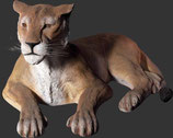 Réplica de leona tumbada | figuras de leones