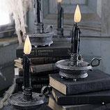 Decoración de terror para conseguir decorar halloween con réplicas de candelabros
