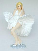 RÉPLICA DE MARILYN MONROE CON SUS FALDAS LEVANTADAS | Figuras de Hollywood