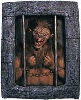 Decoración de terror para lograr decorar halloween con la máxima calidad posible. Réplicas de hombre lobo.