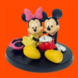 FIGURAS DE MICKEY Y MINNIE DESCANSANDO | Figuras de San Valentín