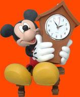 Figura de Mickey Mouse con un reloj | Figuras de Mickey Mouse